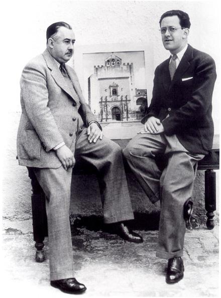 M. Toussaint y J. Fernández. Archivo Fotográfico IIE-UNAM